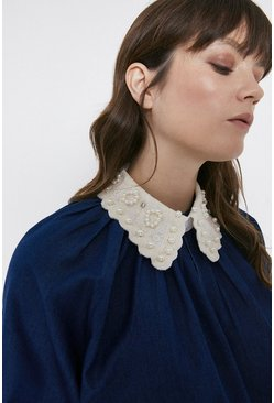 Ivory Embellished Detachable Collar