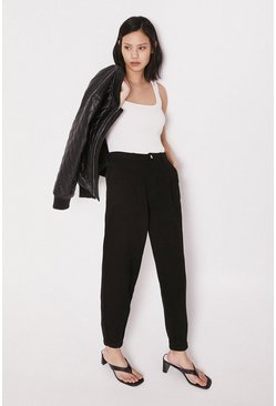 Black Pintuck Balloon Jeans