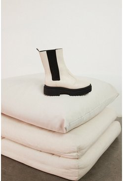 Cream Chunky Pull On Boot